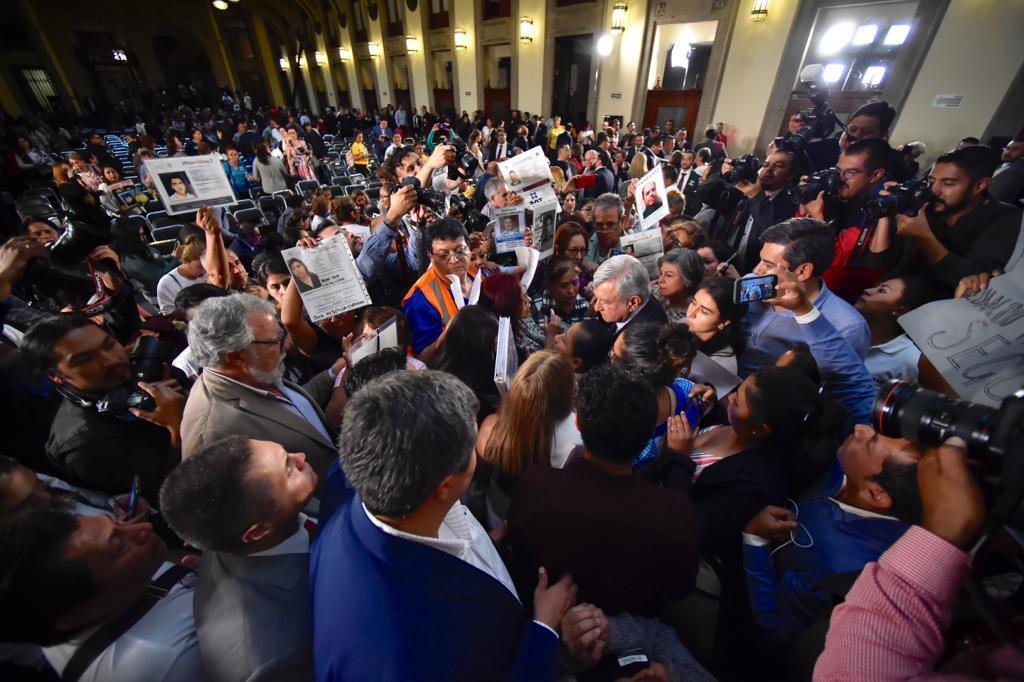 Crónica | La tarde en que AMLO se enfrentó a gritos de rabia