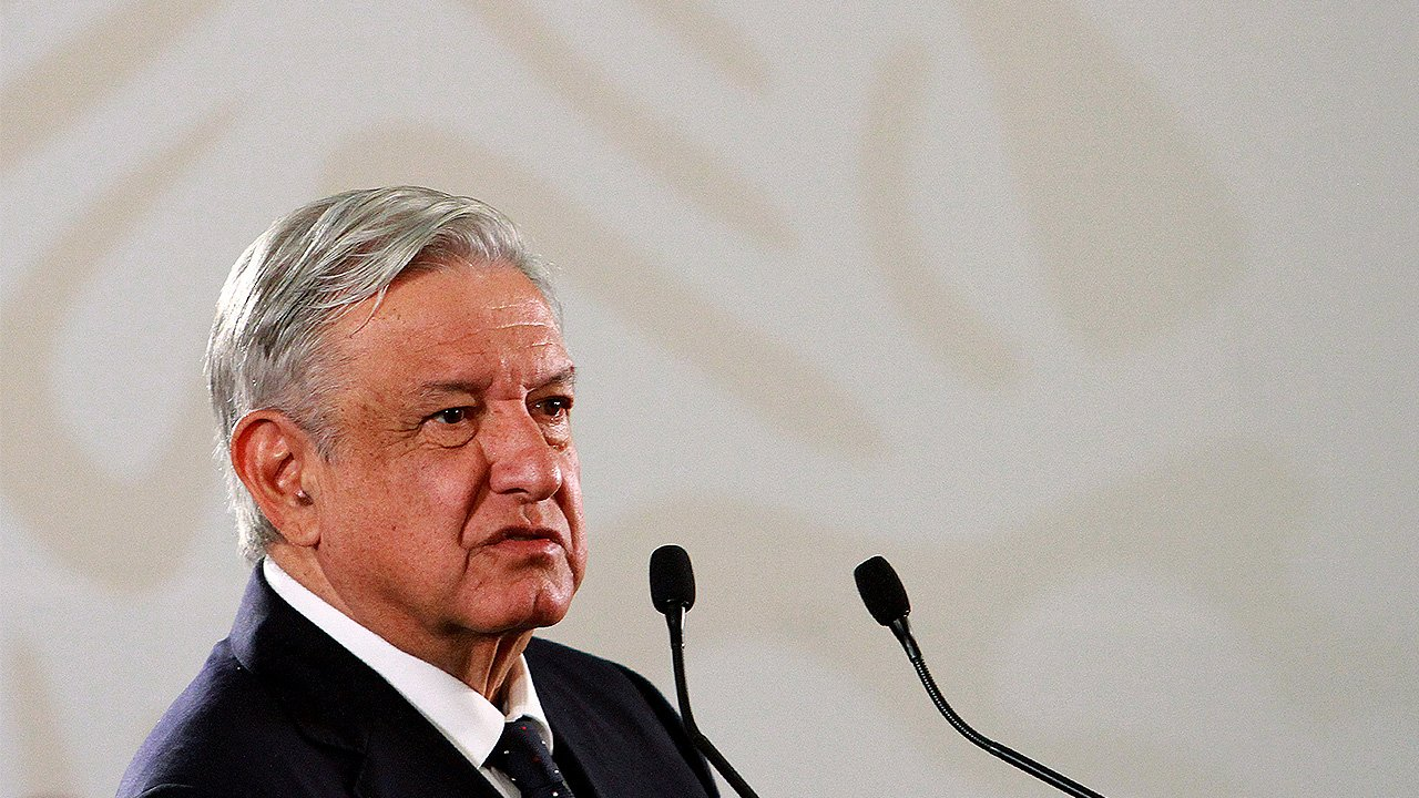 Pese a amparos, Santa Lucía no se detiene, reafirma López Obrador