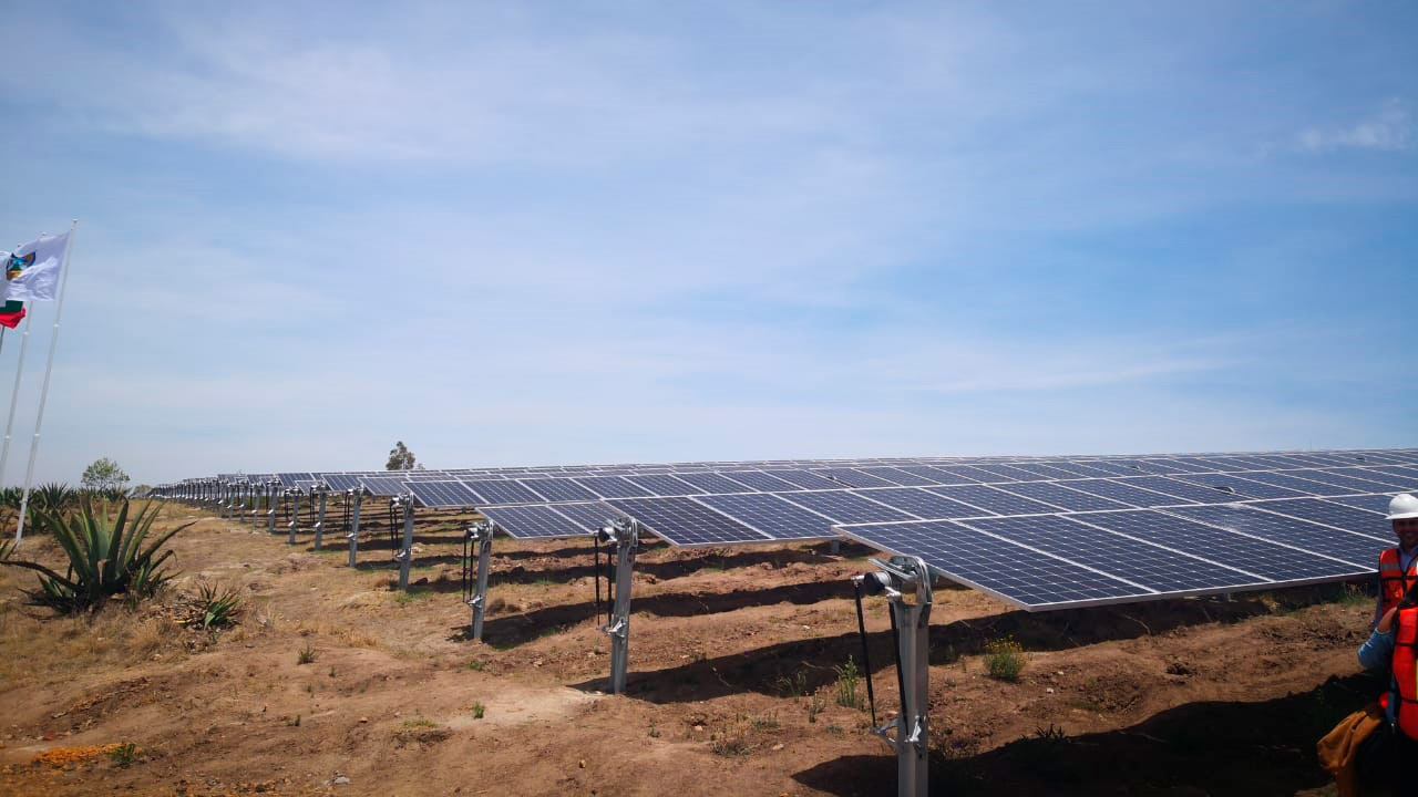 IEnova obtiene crédito por 241 mdd para proyectos solares