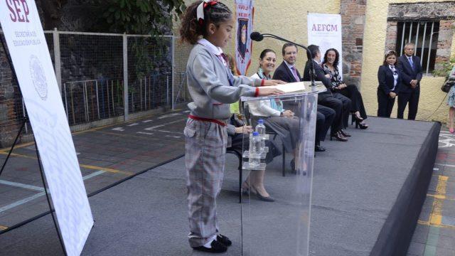 Niños podrán usar falda en escuelas públicas