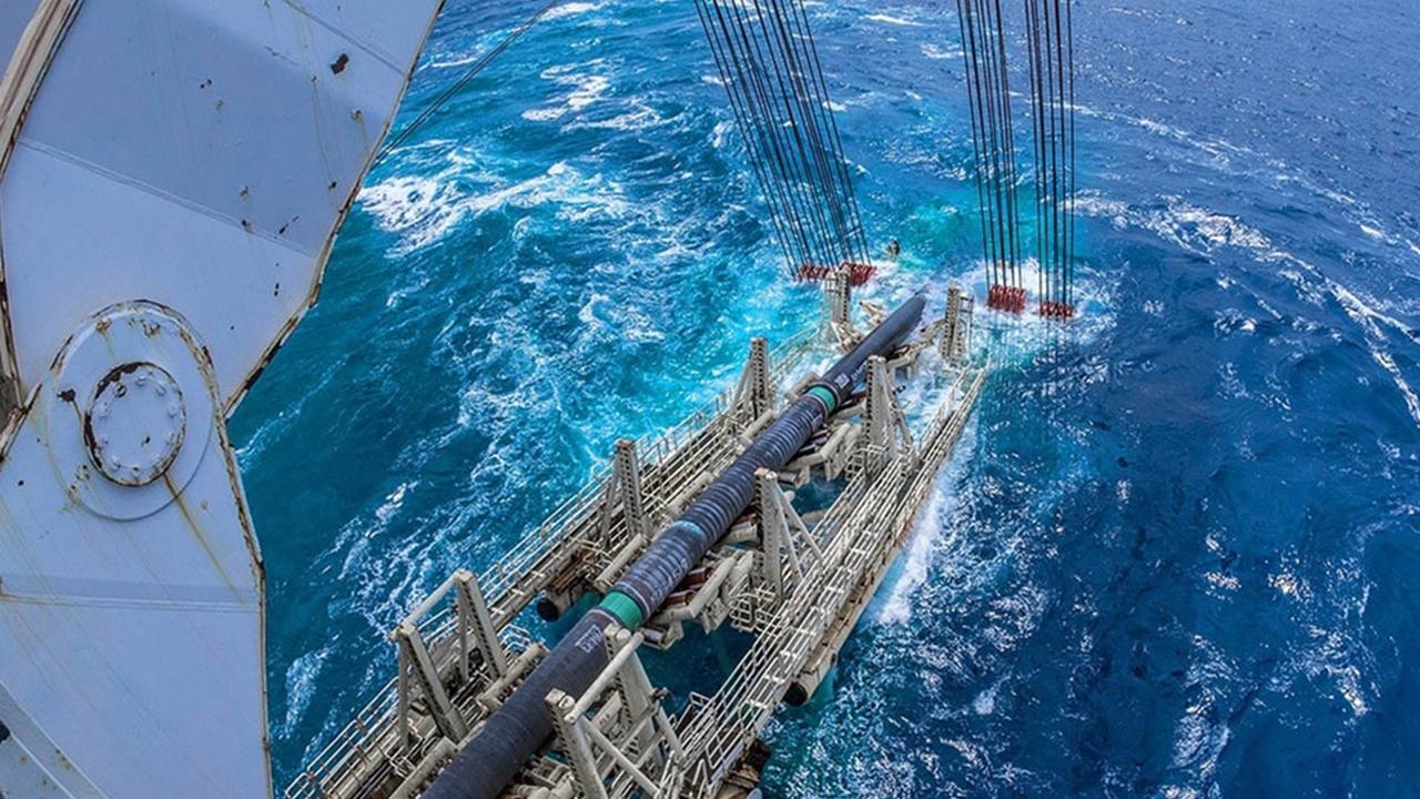 Tras casi un año de retrasos, gasoducto marino comienza a operar