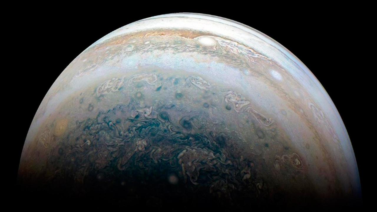 Hoy podrás ver a Júpiter y tres de sus lunas con un telescopio sencillo