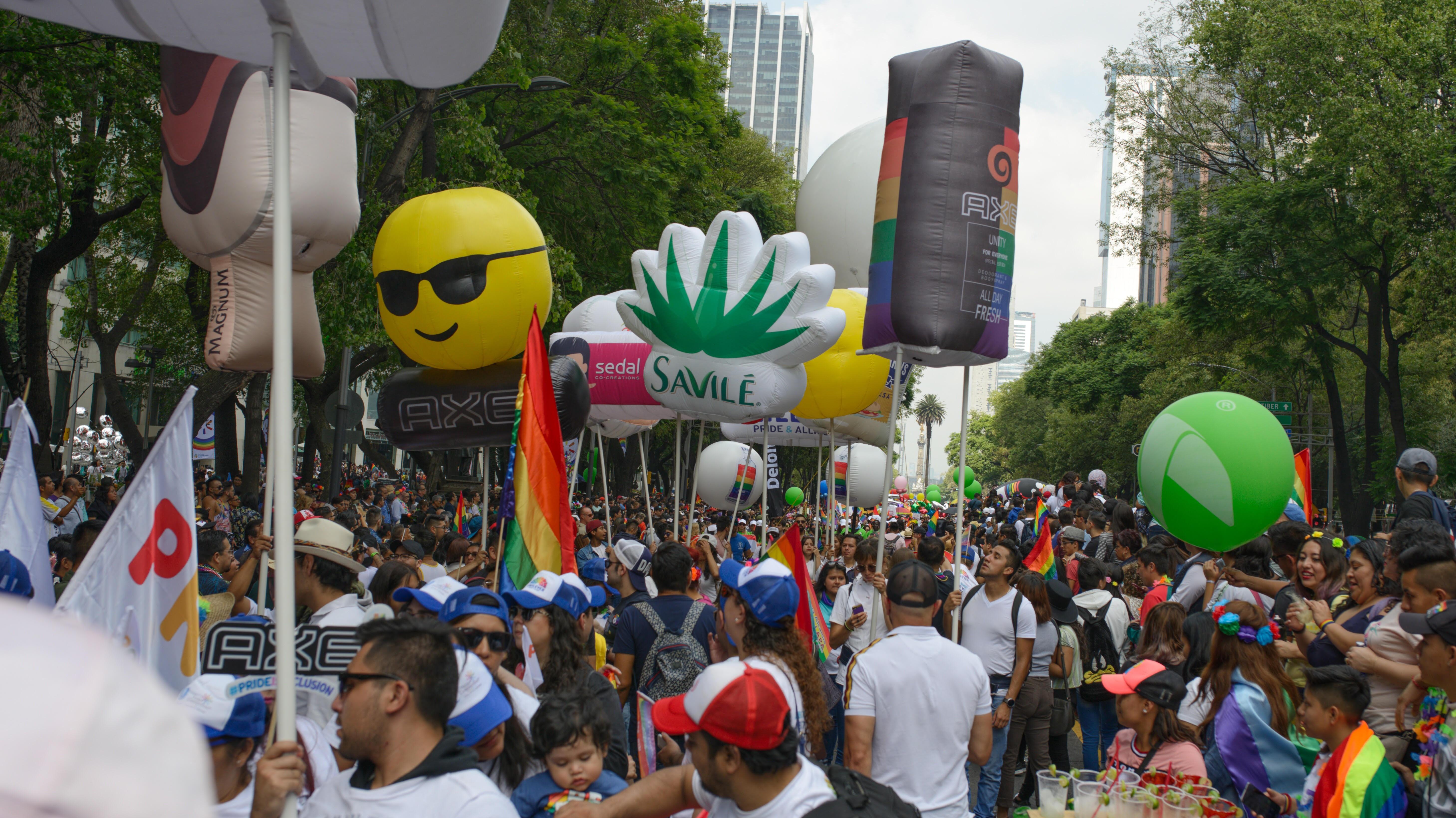 Fotogalería   Empresas se suman a marcha del orgullo LGBT+