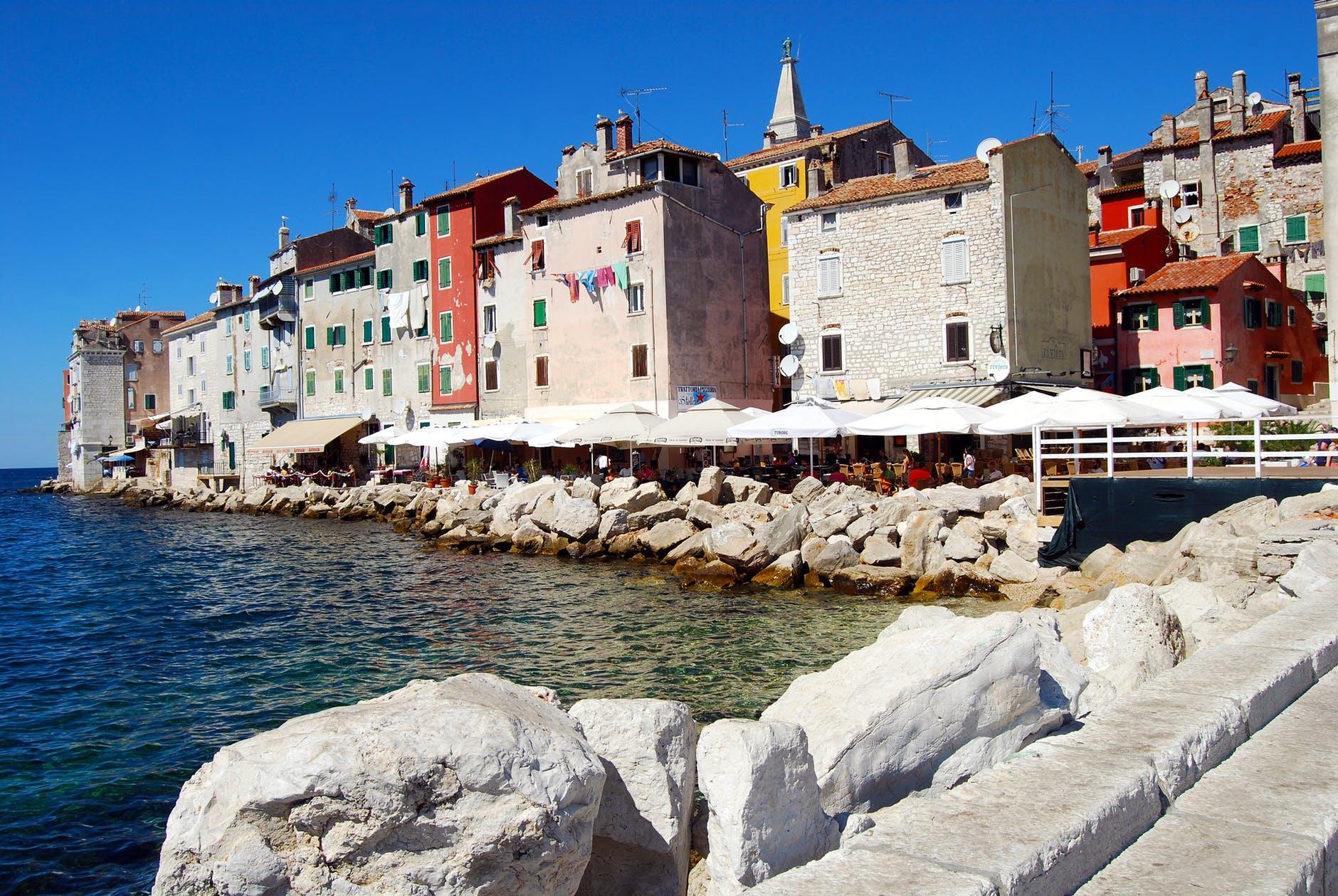 Croacia brinda becas para ayudar su fauna marina y de paso, hacer turismo