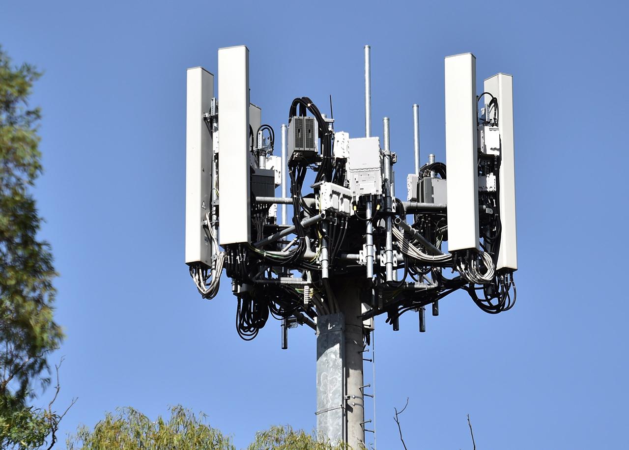 EU insta a la UE a utilizar el 5G de Ericsson, Nokia o Samsung, y no el de Huawei