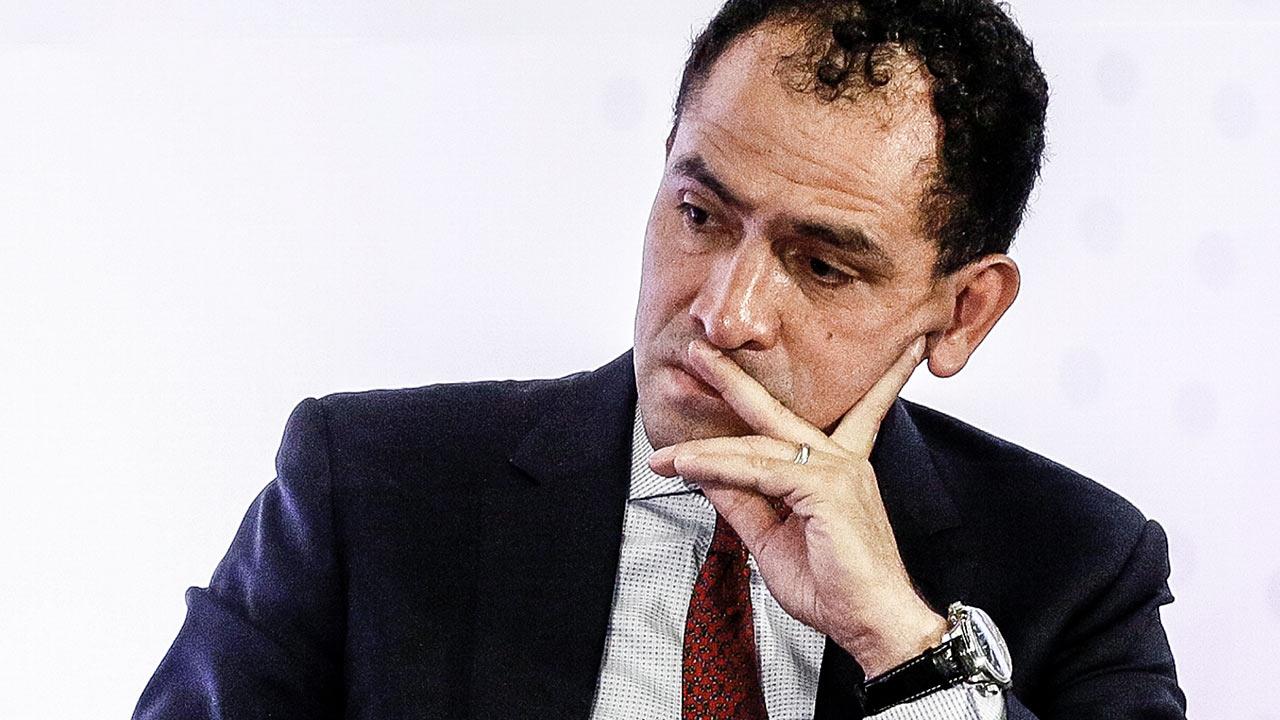 Arturo Herrera arranca su gestión en la SHCP con el peso de la carta de Urzúa