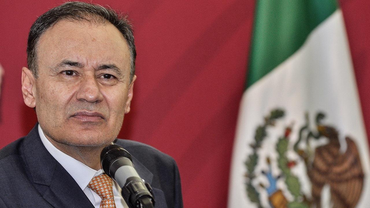 Gobierno está abierto a críticas para reforzar plan de seguridad: Durazo