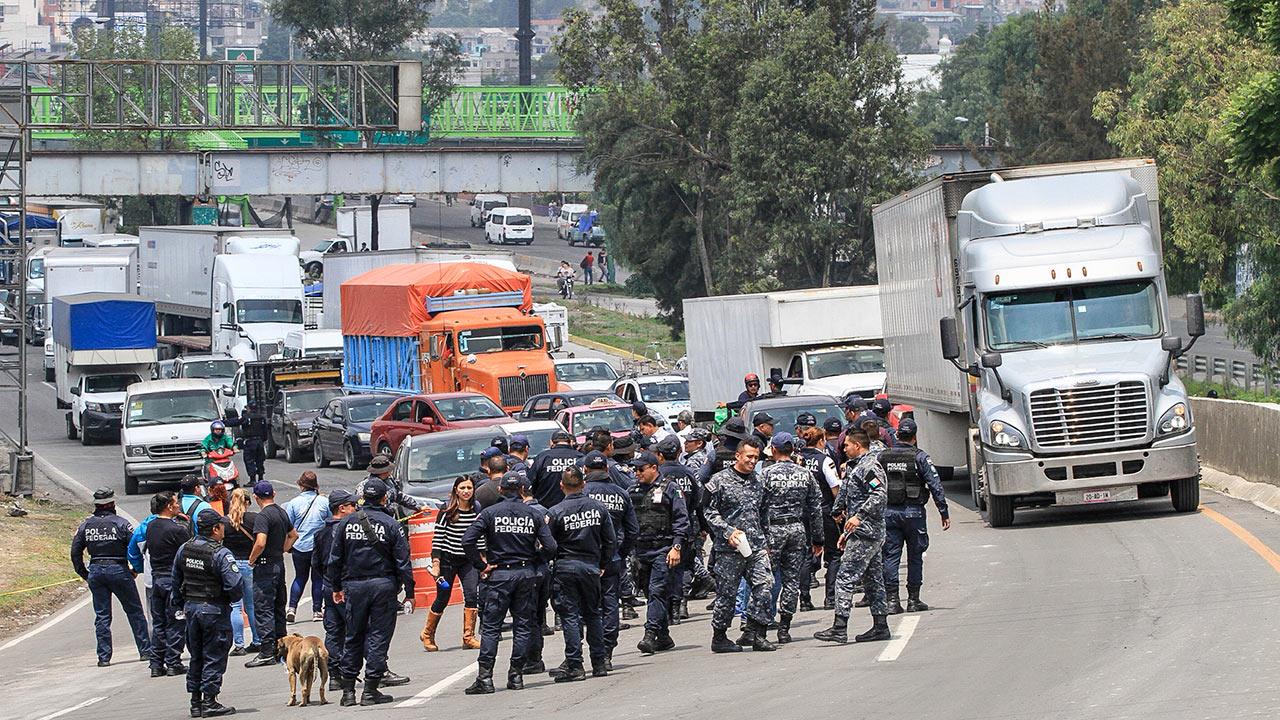 Subsecretario de seguridad garantiza empleo y mismo salario a policías federales