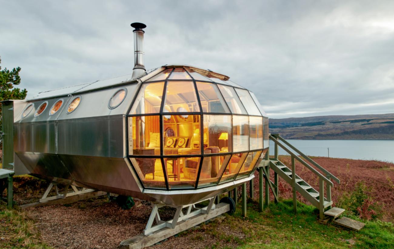 Con Airbnb puedes dormir en una nave espacial