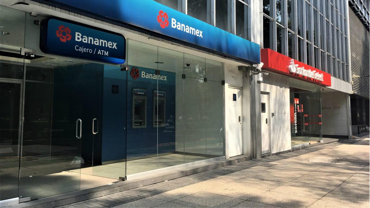 Sucursales de bancos no volverán a ser las mismas, pero la banca digital enfrenta retos