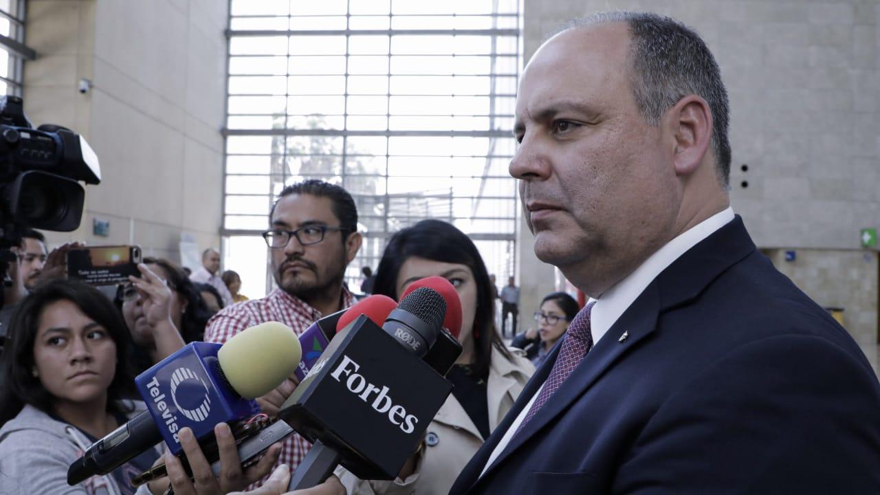 Empresarios piden investigar conflictos de interés evidenciados por Urzúa