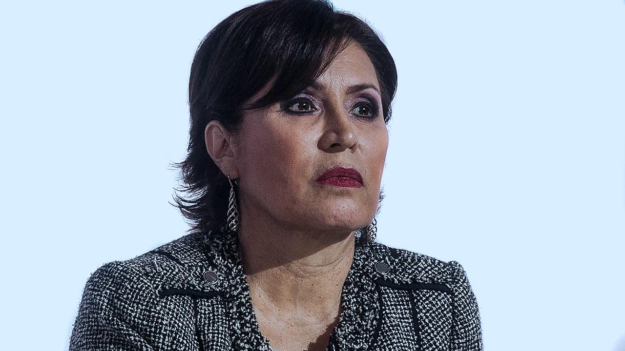 Rosario Robles escribe carta a su hija desde la cárcel el día de su boda