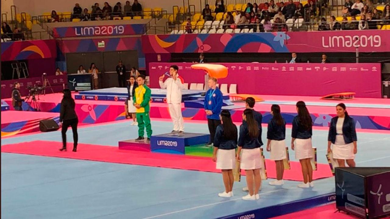 Mexicano Isaac Núñez gana oro en barras paralelas en Lima 2019