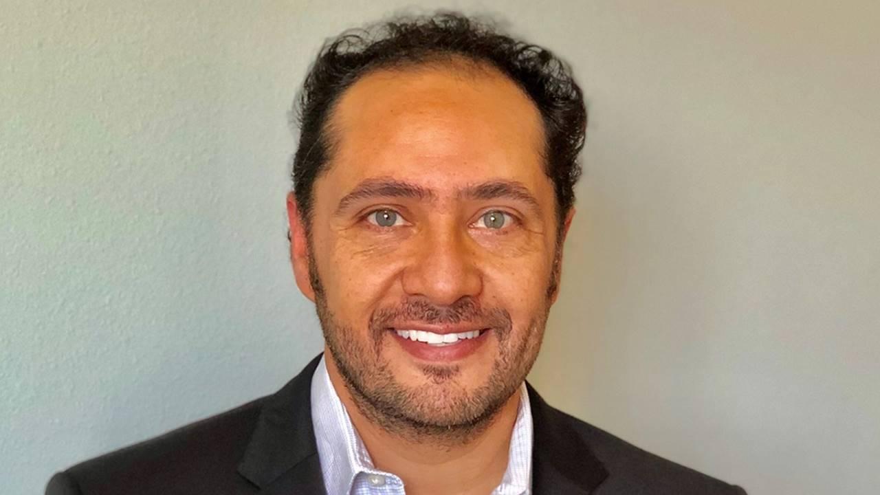 El mexicano Luis Vázquez, nuevo vicepresidente ventas globales de Avon