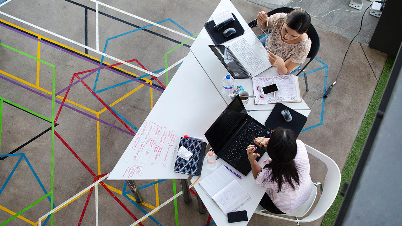 Mujeres en STEM: adelantarse al futuro de la Alta Dirección