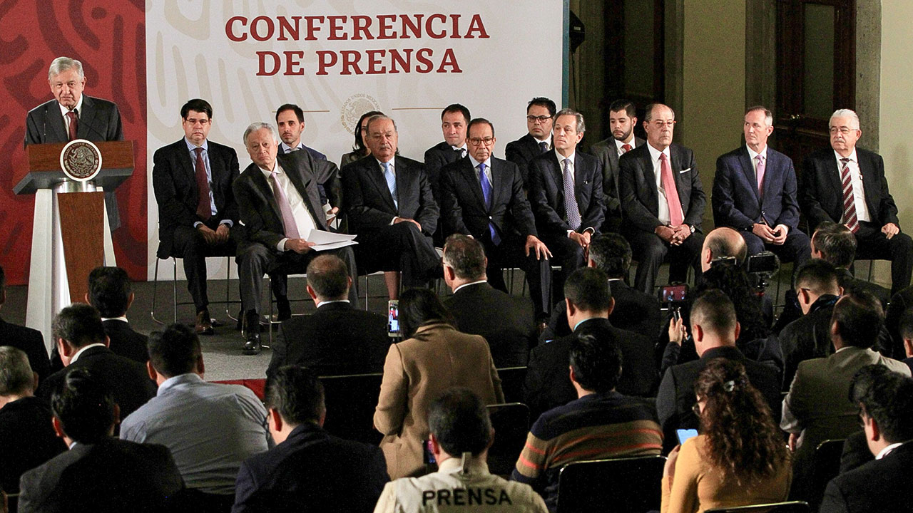 Gobierno de AMLO logra acuerdo con constructoras de gasoductos 'leoninos'