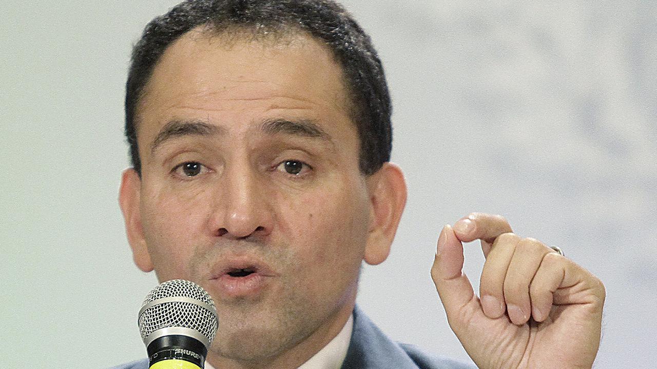 Caída en recaudación se debe a desaceleración económica: Herrera