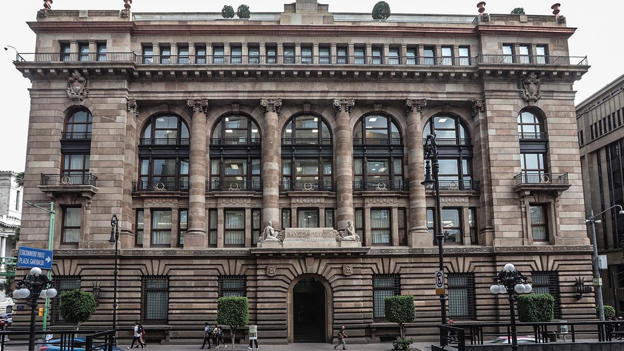 Banxico extiende medidas de provisión de liquidez para bancos hasta septiembre