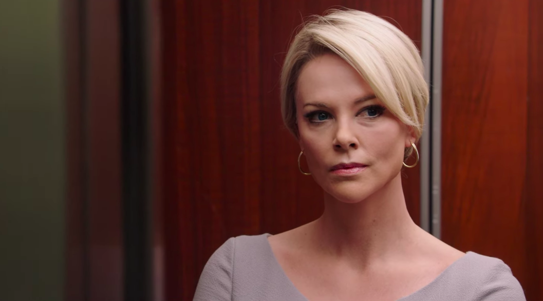 Charlize Theron impacta en nuevo trailer de 'Bombshell'