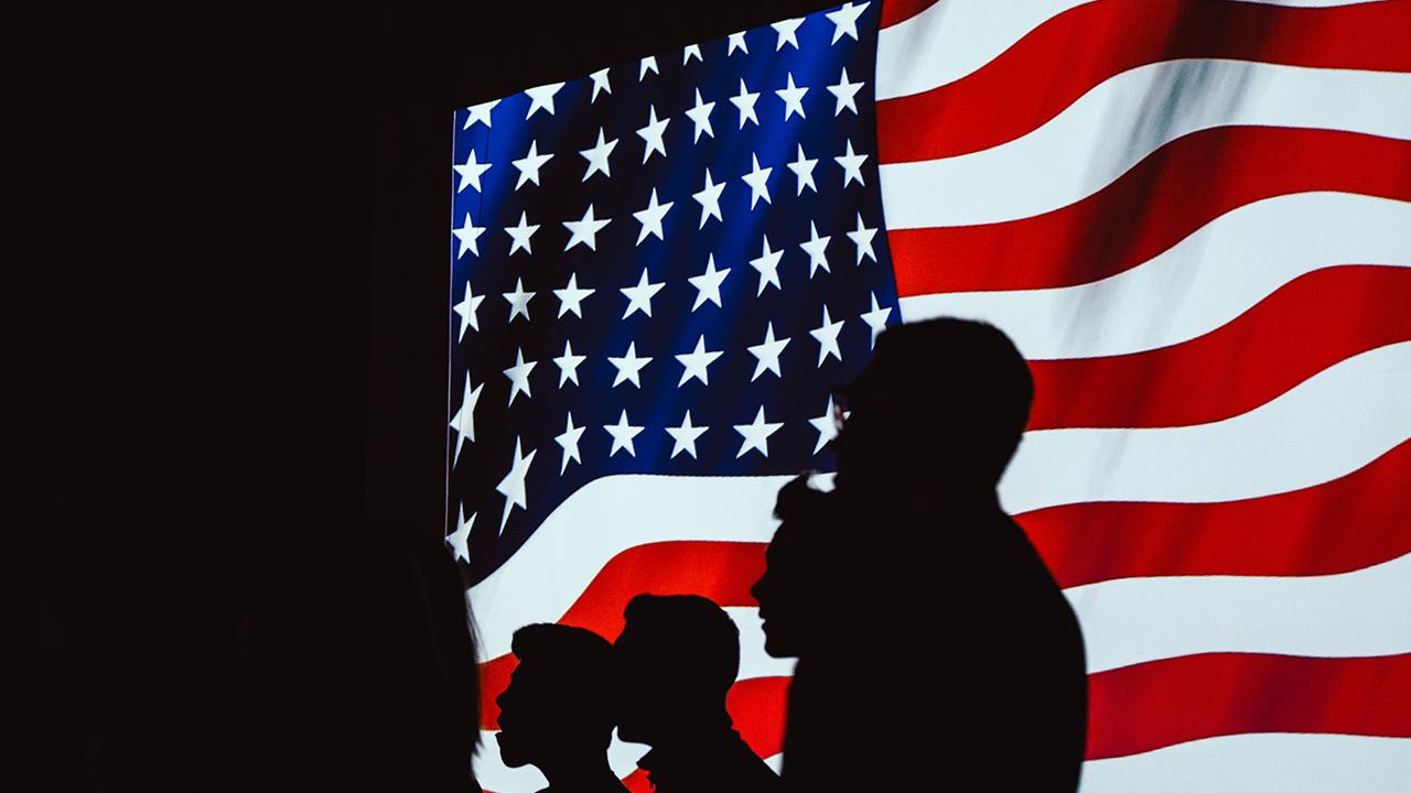 Coguionista de 'Matrix' prevé que Estados Unidos se separe en el futuro