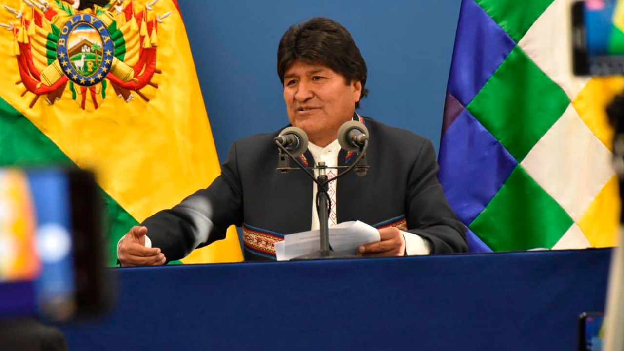Evo Morales sería reelecto para un cuarto periodo, según un sondeo