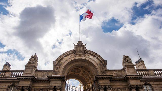Entrada principal del Palacio Elysée, Francia. Foto: Thomas Muller/Getty Images.