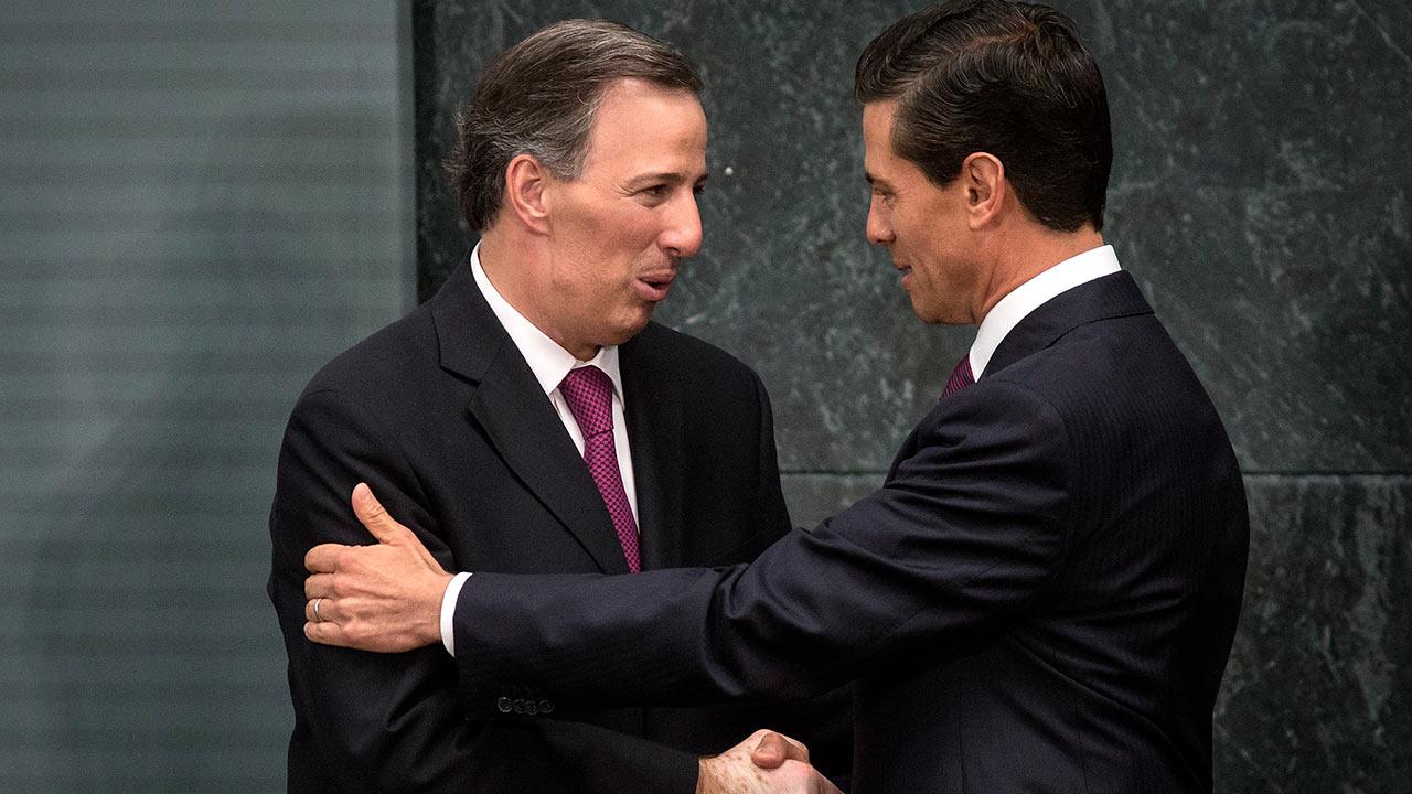Peña Nieto y Meade sabían de La Estafa Maestra, asegura defensa de Robles