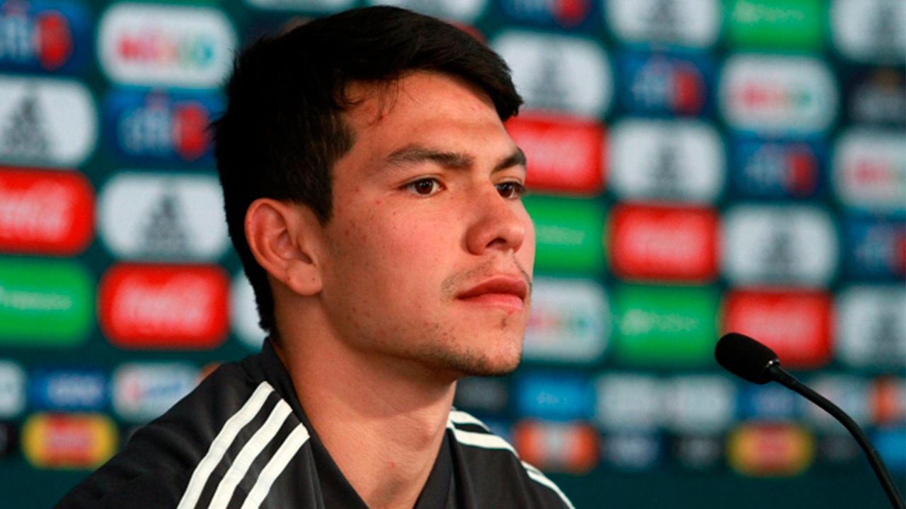 """Es oficial: """"Chucky"""" Lozano es del Napoli y debuta la próxima semana"""