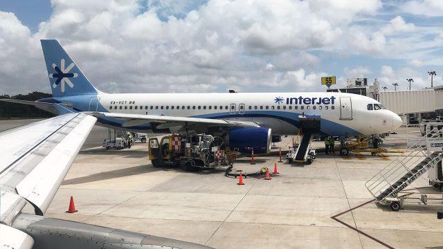 Aeronave de Interjet en el Aeropuerto Internacional de Cancún, México. Agosto, 2019 Foto: Angélica Escobar/Forbes México.