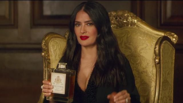 Monarca Netflix Salma Hayek