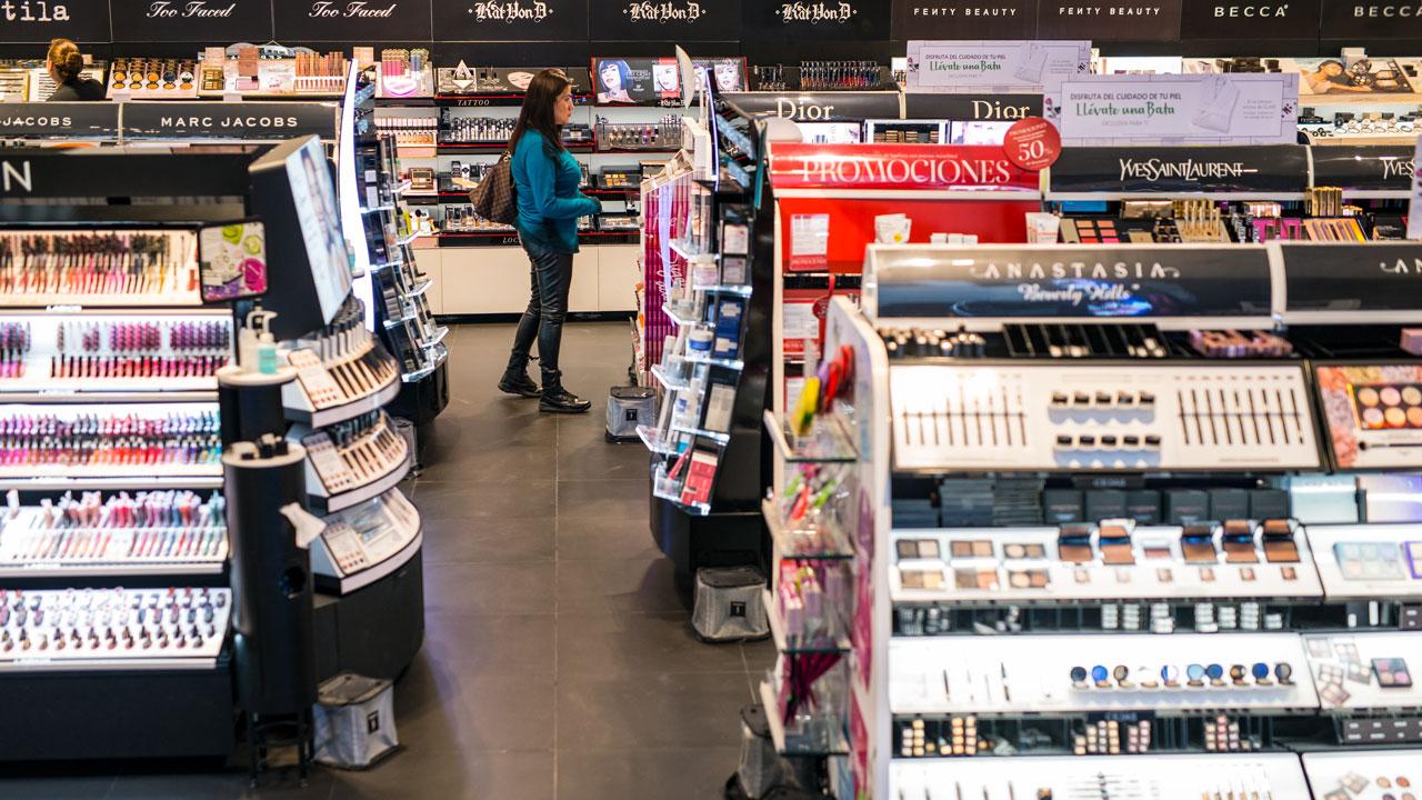 Influencers y millennials impulsan las ventas de Sephora en México
