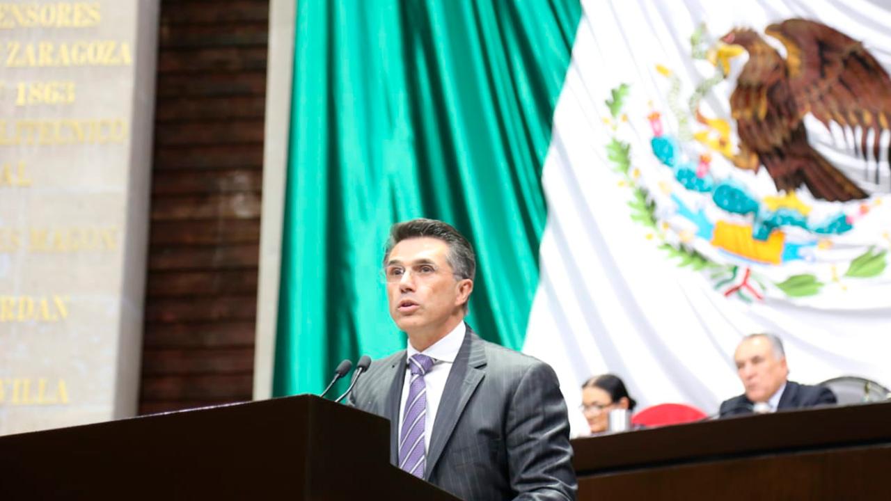 Morena rechaza acusaciones de corrupción contra Sergio Mayer