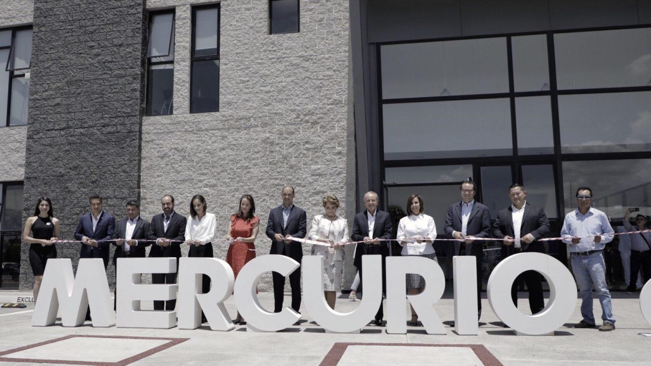 Corte de listón de la nueva planta. Foto: Arturo Luna/Forbes México.