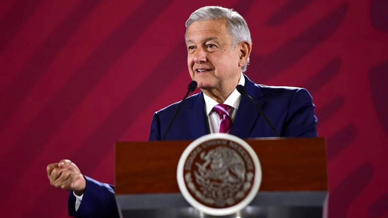 AMLO plantea reunión de partidos con Hacienda para renuncia de financiamiento