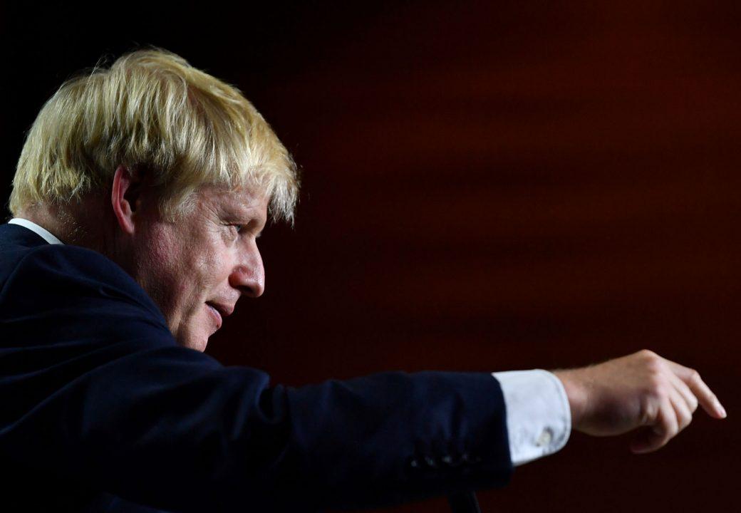 Líder británico envía carta no firmada a la UE pidiendo aplazamiento del Brexit