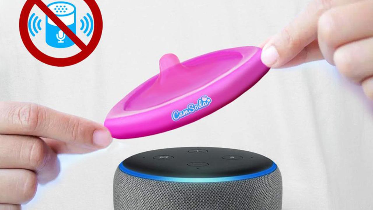 'Condón' plástico te mantiene protegido de Alexa, incluso en tus momentos más privados