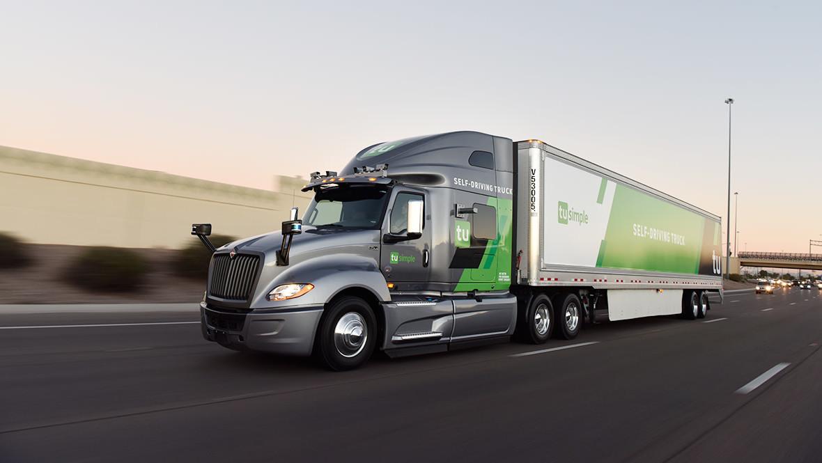 Servicio Postal de EU prueba entregas en camiones autónomos