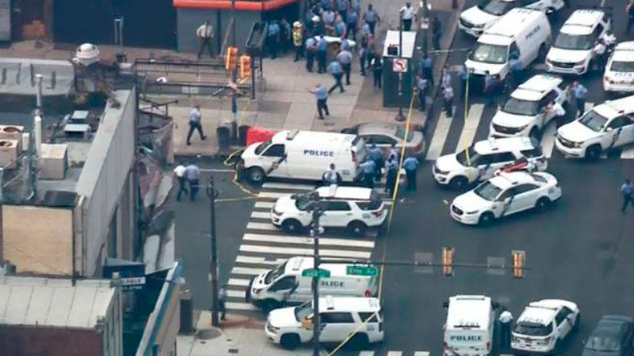 Hombre realiza varios disparos y hiere a policías en Filadelfia
