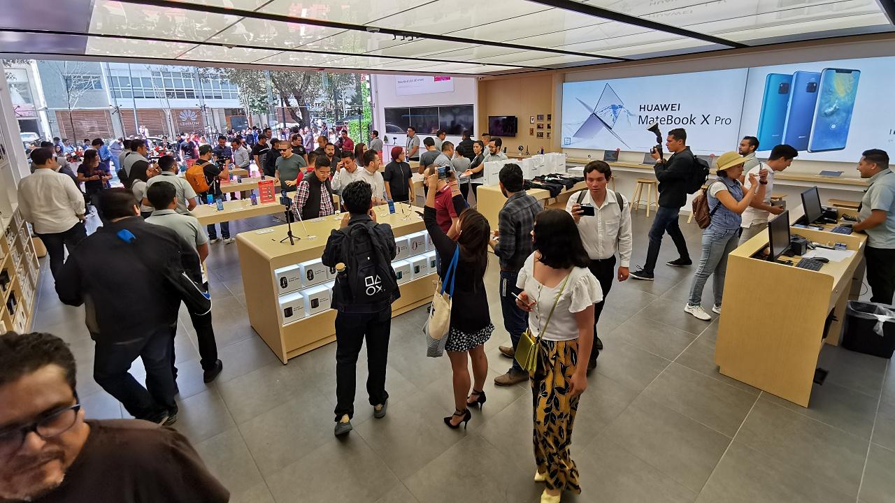 Huawei se expande en México: abre 9 tiendas de manera simultánea