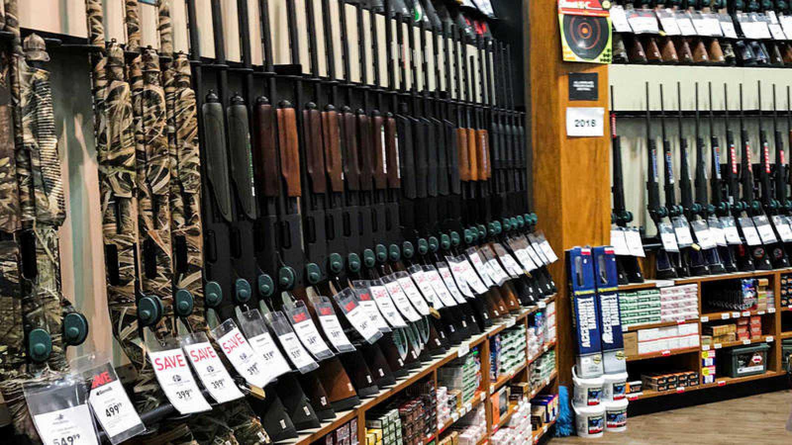 Walmart analiza su rol en la lucha contra la violencia armada de los EU