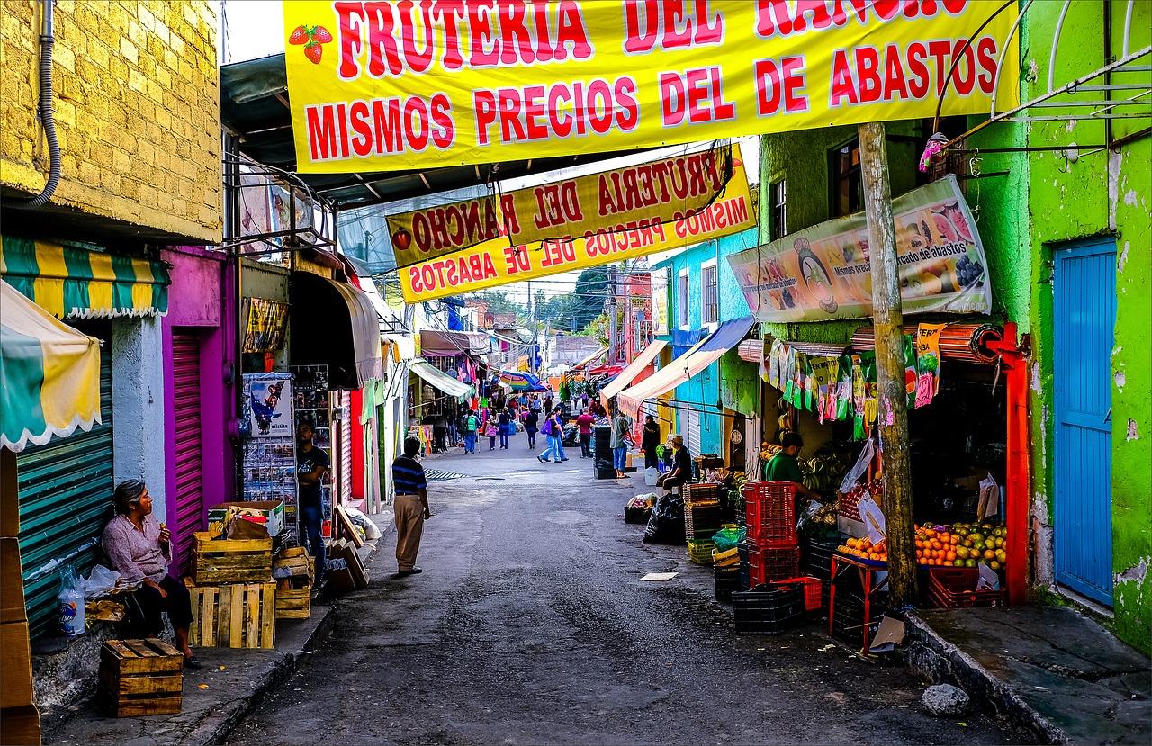 Apenas 24% de los negocios en México usa equipo de cómputo en sus operaciones