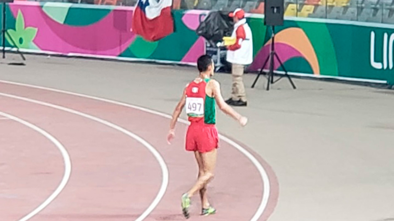Mexicano Fernando Martínez gana oro en 5,000 metros planos en Lima 2019