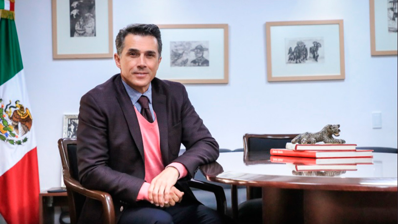 Diputadas de Morena acusan a Sergio Mayer de pedir 'moches'