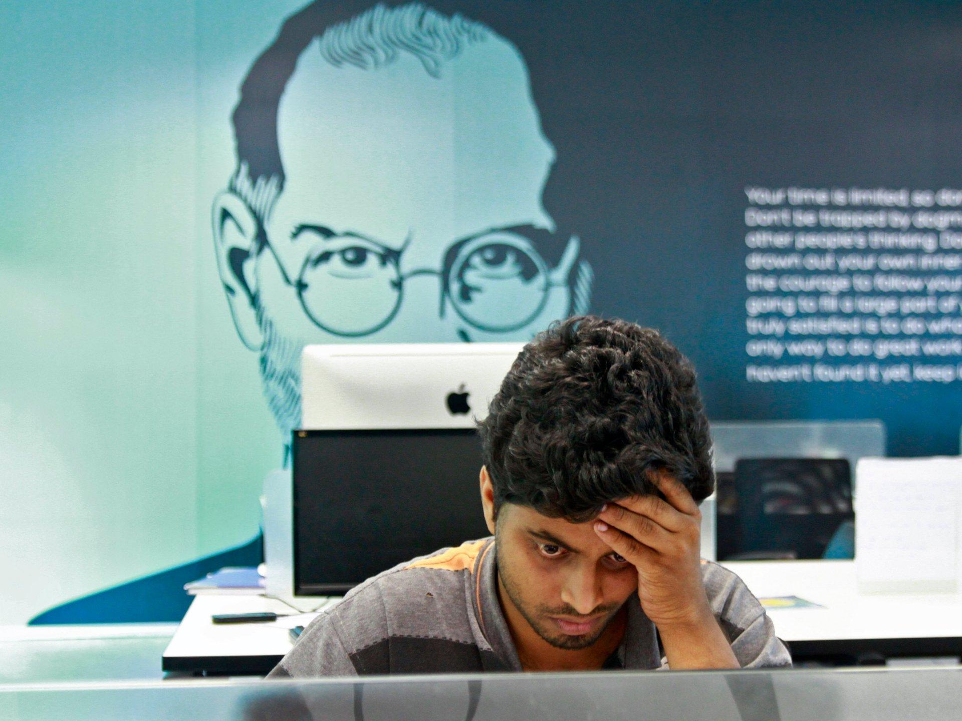 Para trabajar en Apple, Google o Netflix ya no es forzoso haber estudiado la universidad