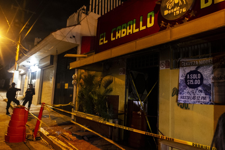 Sube a 31 el número de muertos tras ataque a bar de Coatzacoalcos