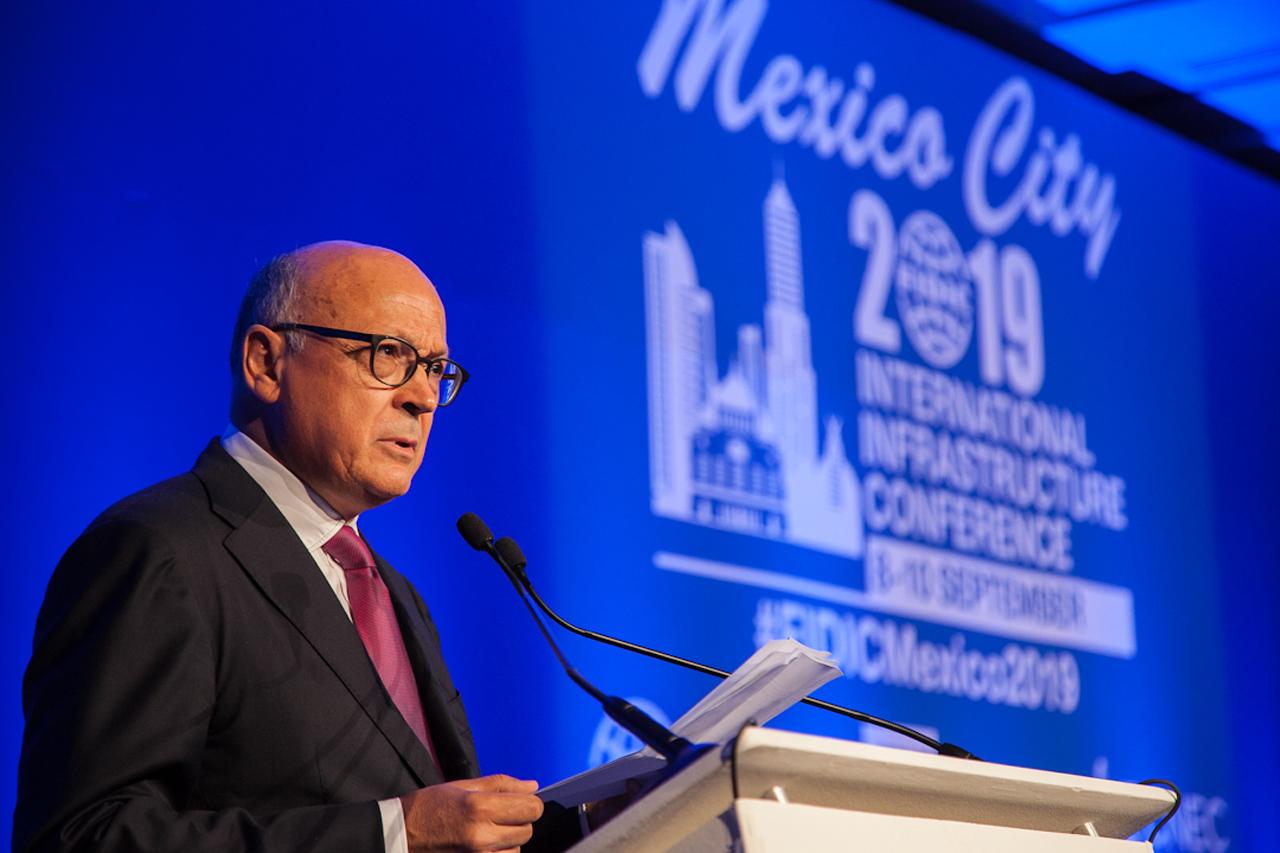México, con potencial mundial en la industria de la infraestructura: FIDIC