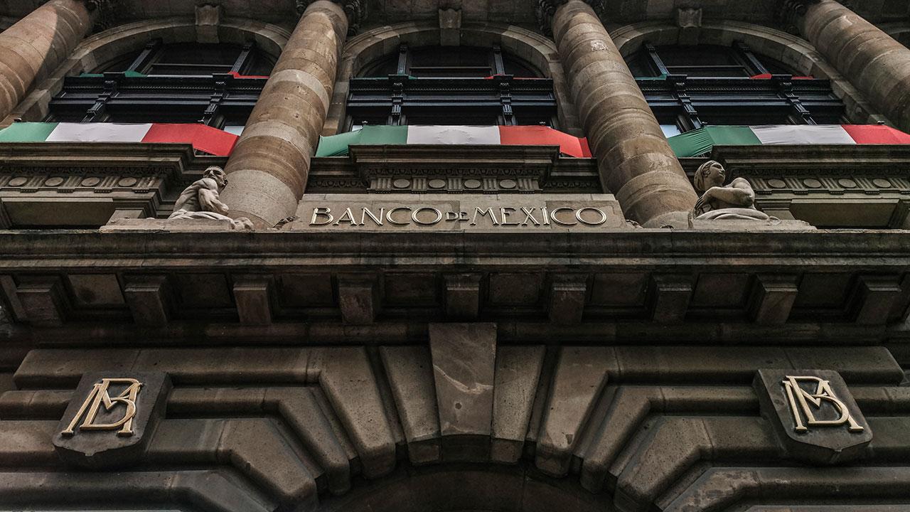 Mercados prevén nueva baja en tasa de Banxico a 5.50%