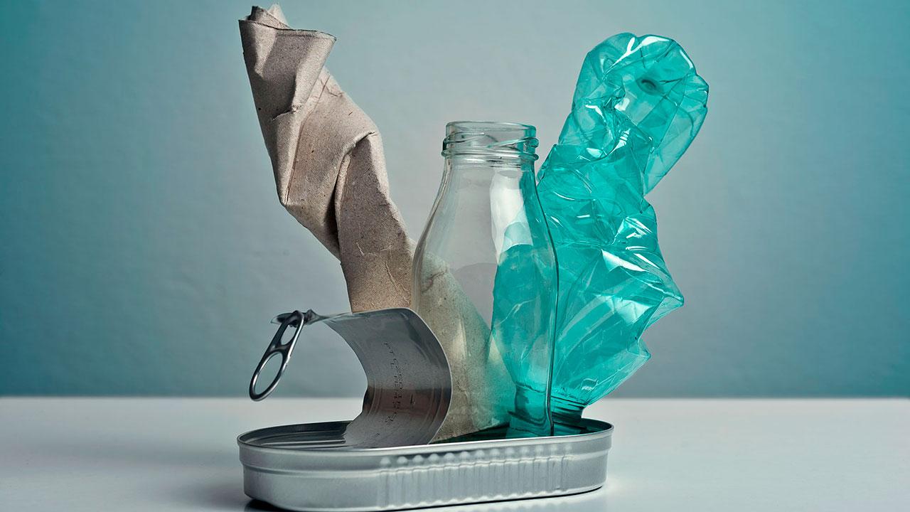 Ante problema del plástico, la industria del empaque se reinventa