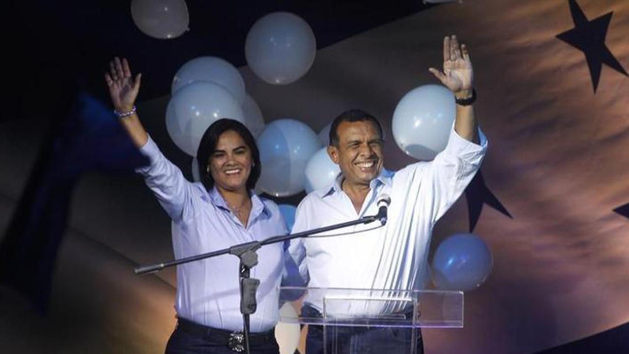 Ex primera dama de Honduras, condenada a 58 años de cárcel por fraude