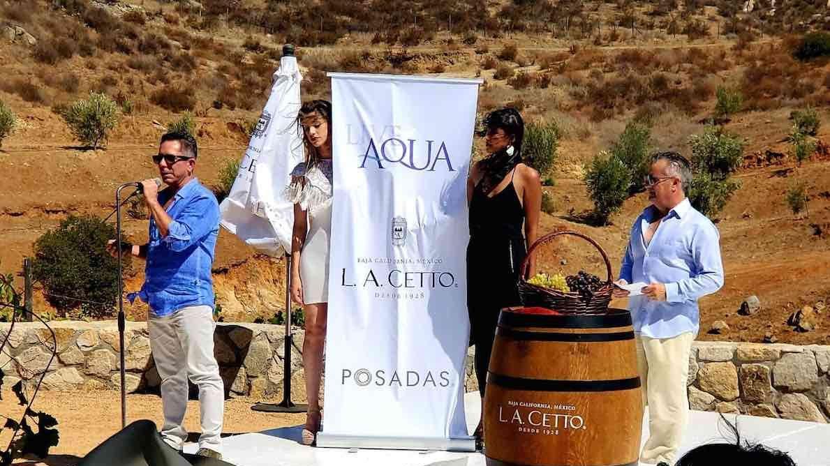Posadas coloca la primera piedra de Live Aqua en el Valle de Guadalupe